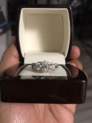 LEO Brand wedding band for Sale in CANAL WNCHSTR, OH