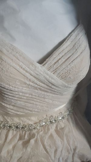 Wedding Dress for Sale in North Chesterfield, VA