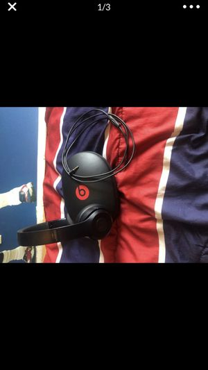 Beats solo 3 for Sale in Tarpon Springs, FL