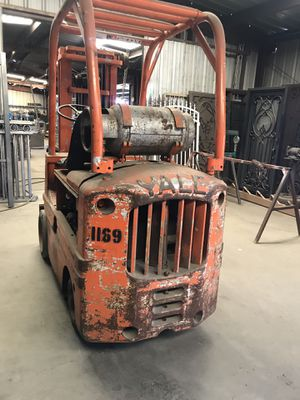 Y'all forklift for Sale in Madera, CA