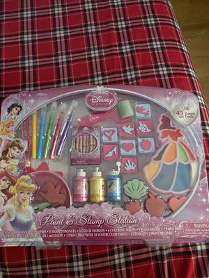 Disney Princess Paint & Stamp Station for Sale in Morton Grove, IL