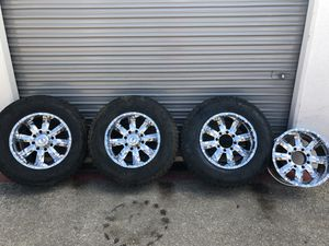"""18"""" Chrome rims with tires for Sale in Arlington, TX"""