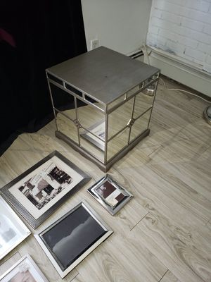 Mirrored storage cube/table for Sale in Howard Beach, NY