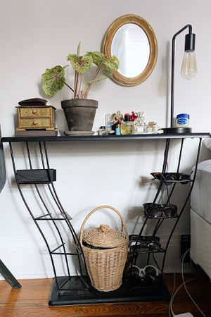 Vintage side table (media console) for Sale in New York, NY