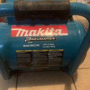 Makita Compressor for Sale in Austin, TX
