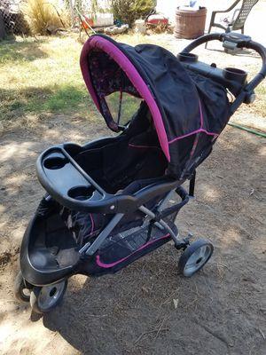 Stroller, car seat, and base for Sale in San Bernardino, CA