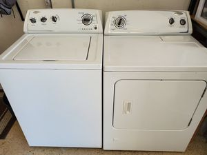 Whirlpool washer and gas dryer for Sale in Corona, CA