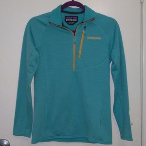 Patagonia Women's Fleece Pullover - XS for Sale in San Diego, CA
