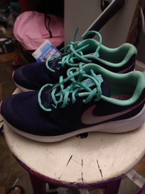 Nike Girls 5Y for Sale in City of Industry, CA