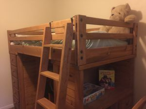Art Van Kid's Collection Bunk Bed, and matching Dresser for Sale in Traverse City, MI