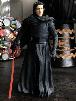 Kylo Ren Figurine for Sale in Cornelius, NC