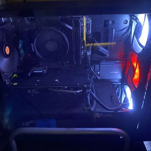 GAMER PC With Mechanical Keyboard and Wireless Mouse for Sale in Weston, FL