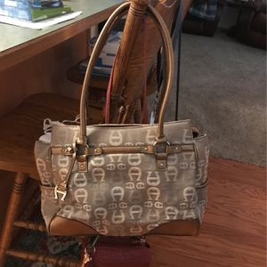 Purse for Sale in Winter Haven, FL