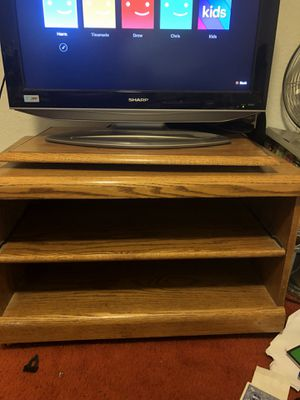 2 shelf, Rotating Small Entertainment Stand for Sale in Vacaville, CA
