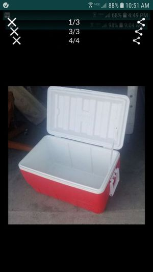 Cooler igloo ice chest 52 qt for Sale in Tracy, CA