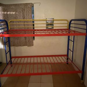 Twin Size Bed for Sale in Fresno, CA