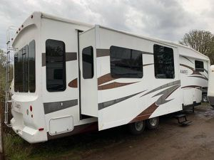 2009 Cameo by Carriage - Incredible RV Must See Must Sell for Sale in Portland, OR
