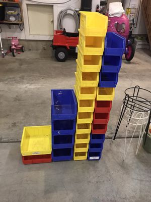 Storage containers and shelf! for Sale in Puyallup, WA