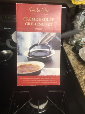 Sur la Table Creme Burlee Grilling Set for Sale in Lakewood, CA
