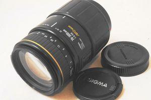 Sigma Auto Focus APO Macro 70-300mm F4-5.6 Lens for Canon for Sale in Murrieta, CA