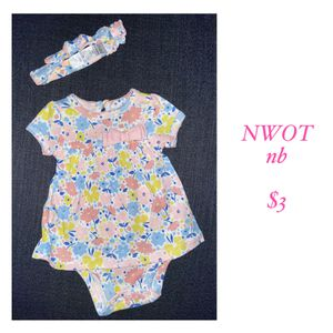 Baby flower dress with bow for Sale in Wilsonville, OR