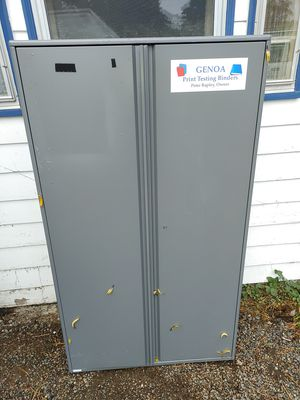 Heavy metal cabinet NICE for Sale in Hillsboro, OR