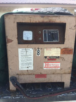24 volt forklift battery charger for Sale in Mulberry, FL