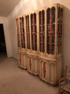 China Cabinet: Ivory & Red By Daniel Jones Made in1960 for Sale in Clifton, NJ