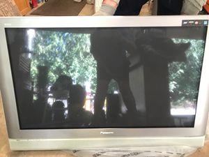"Flatscreen Tv 41"" Panasonic for Sale in Maple Valley, WA"