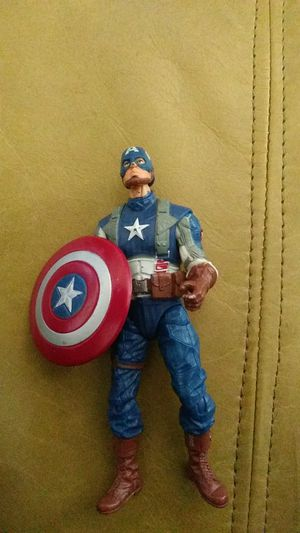 Captain America 3.5 in figure for Sale in Lakewood, CA