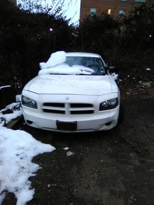 2009 Dodge charger 76000 miles No Title for Sale in Forest Heights, MD