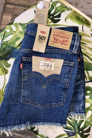 Levis, mid rise shorts, size 30 for Sale in Dunedin, FL