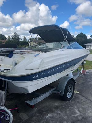 Boat bayliner 1999 for Sale in Tampa, FL