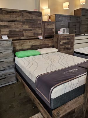 Multi Gray Queen Size Bed Frame for Sale in Santa Ana, CA