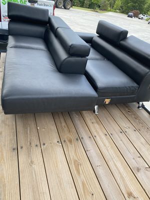 Black sectional couch for Sale in College Park, GA