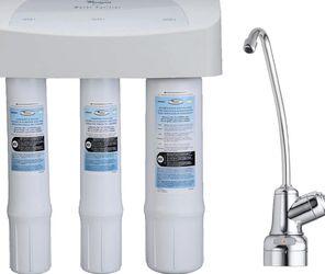Whirlpool WHEMB40 Under Sink Water Purifier, Single Unit, White for Sale in Odessa,  FL