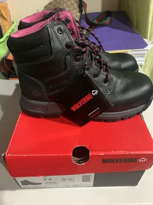 Ladies composite new Winter/Work MTA certified/ Riding 🏍boots COLOR Black/Pink SIZE 7.5 in the box for Sale in Queens, NY