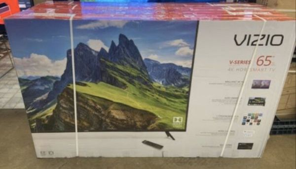 "65"" Vizio smart 4K led uhd hdr tv"