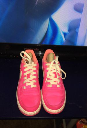 Pink Nike's for Sale in Dallas, TX
