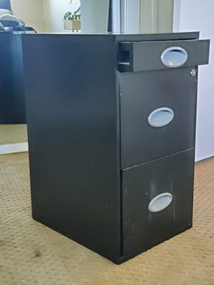 3 drawer filing cabinet for Sale in Stockton, CA