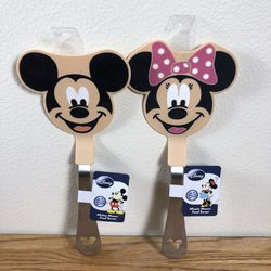 NWT Mickey Mouse & Minnie Mouse Disney Spatulas for Sale in Oregon City,  OR