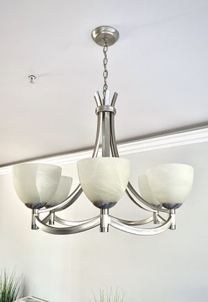 Modern Transitional Chandelier (6-light) for Sale in Garden Grove, CA