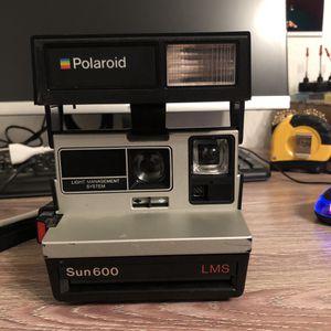 Polaroid sun 600 lms film camera for Sale in Lancaster, CA