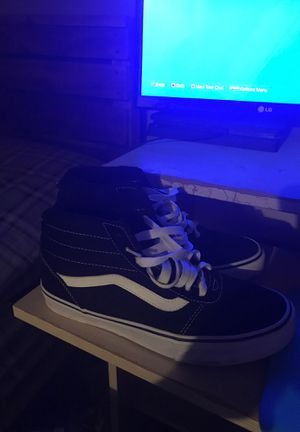 Height top black and white vans for Sale in Hazel Green, AL