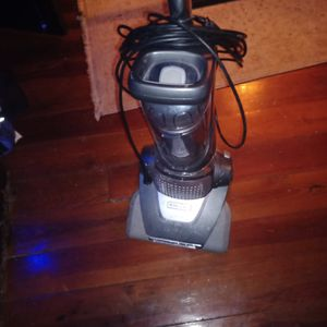 Electrolux Bagless Upright Vacuum for Sale in Columbus, GA
