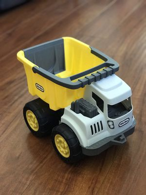 Little tikes dump truck for Sale in Rancho Cucamonga, CA
