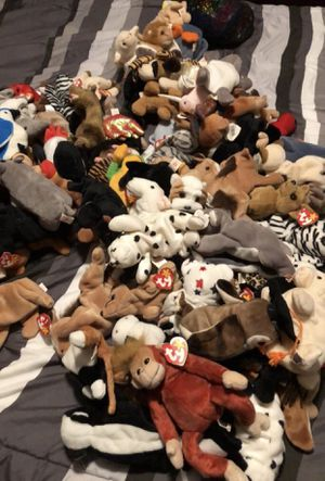 beanie babies (lot of 82) most have tags for Sale in Holly Springs, NC
