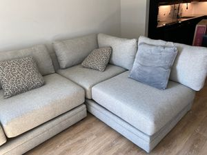 Sectional couch and pillows for Sale in Dallas, TX