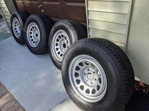 Like New 4 - R17 Rims and Tires for Sale in Fort Lauderdale, FL