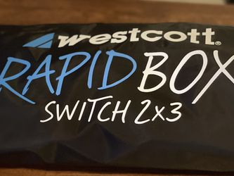 Westcott Rapid Box Switch 2x3 Soft box (rectangular ) for Sale in Georgetown,  TX